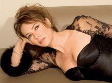 elena_sofia_ricci_in_lingerie_86521
